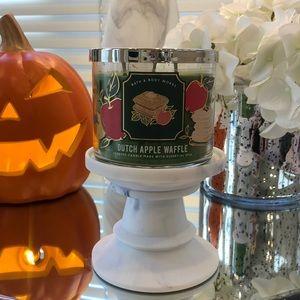 New Dutch apple waffle Bath & body works candle